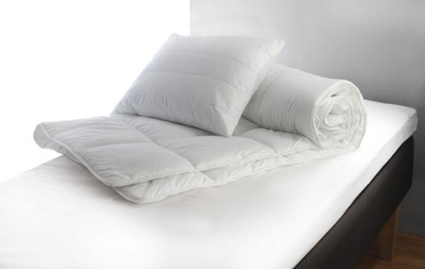 Svensktillverkat täcke från Värnamo sängkläder. Täcket heter Topcool och du kan få det både som svalt och varmt.