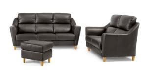 Soffa från Above som finns som både 2 sitssoffa, 3 sitssoffa och hörnsoffa. Finns i både tyg och skinn.