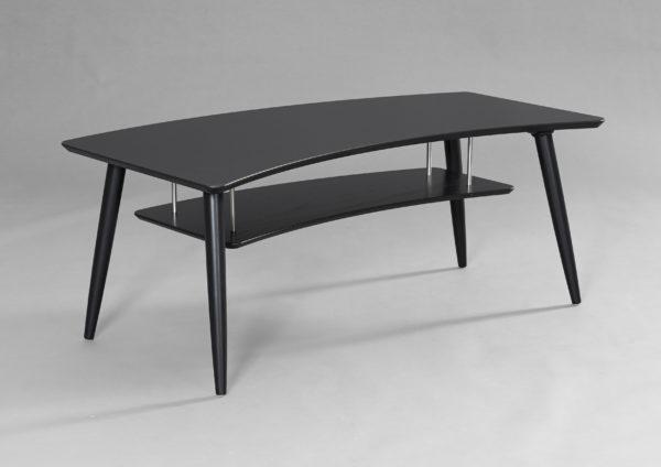 Ett soffbord från Bordbirger. Bordet finns i ek, svartbetsad ek och vitlack.
