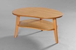Ett fint soffbord från Bordbirger som går att få som ovalt och runt soffbord.