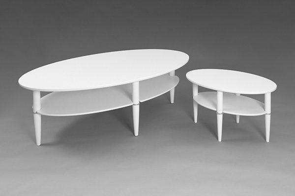 Ett bord från Bordbirger. Detta soffbord finns i flera färger och modeller. Välj mellan runt soffbord och satsbord.
