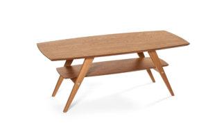 Fint soffbord i ek som passar bra i vardagsrummet.