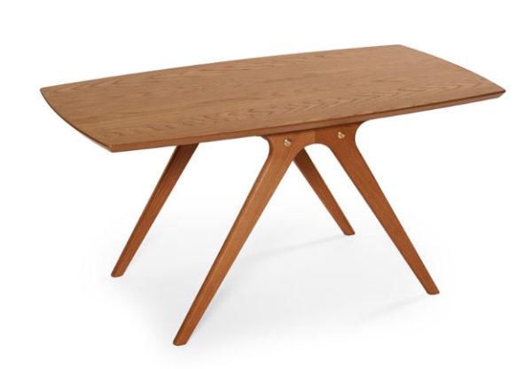 Detta soffbord finns i flera färger. Välj vilken som passar ditt vardagsrum. är det ek, rökt ek/svart, svartbetsad ek eller vitlack?
