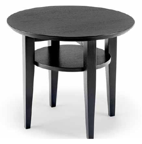 Ett soffbord som finns i flera olika storlekar och i färgerna oljad ek, vitbetsad ek, svartbetsad ek, vitoljad ek och vitlackad med skiva i oljad ek.