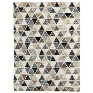 En fin matta till vardagsrum. Mattan finns i färgerna grå, beige och multi. Mattan finns i storlekarna 133x195, 160x230, 200x290 cm.
