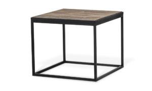 Ett soffbord som är fyrkantigt. Fint bord med skiva av drivved.