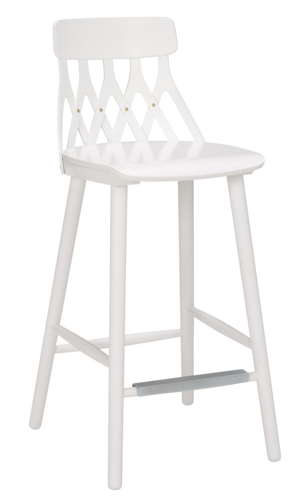 Barstol Y5 från Hans K. Finns även vanlig matgrupp med stol och karmstol.