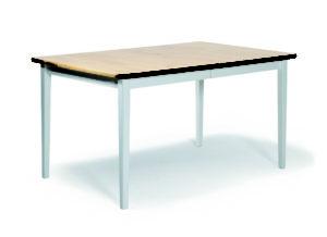 Ett matbord som tillhör matgruppen Boden. Finns även tillhörande stolar. Allt i björk och vitlack.
