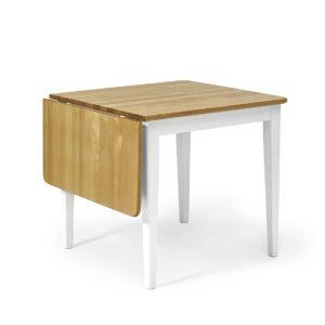 Ett klaffbord från Torkelson i massiv björk. Finna även stolar som hör till.