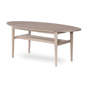 Flip ett soffbord i vitoljad ek. Detta soffbord har tidningshylla och klaffar. Du kan alltså välja hur stort bordet blir. Du kan även få bordet i oljad ek.