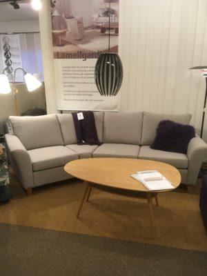 En byggbar soffa vid namn Skagen. Just nu säljer vi detta demo ex på rea. Ett bra erbjudande.