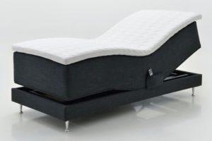 En justerbar eller ställbar säng från Ermatiko. Flex 2 pearl har två lager med pocket varav det ena lagret är 5 zonat. Finns i mediu, fast och extra fast.