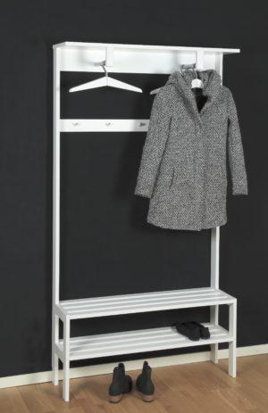 Anna är ett svensktillverkat klädställ som finns i svartlack och vitlack. Välj mellan två olika bredder.