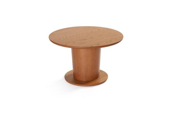 Soffbordet Rond från Bordbirger. Detta soffbord är tillverkat i sverige. Soffbordet finns i två olika storlekar. Välj mellan runt eller ovalt.